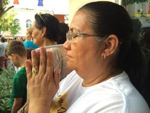 Raimunda Bandeira veio agradecer a cura de um câncer de mama. (Foto: Catarina Barbosa/G1 PA)