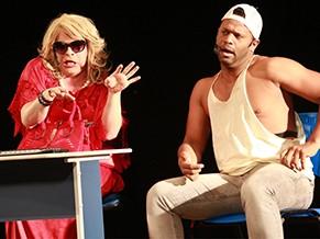 Espetáculo beira o nonsense (Foto: Divulgação)