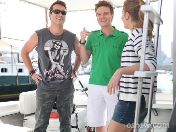 O trio se diverte na gravação (Foto: TV Globo/Pedro Curi)