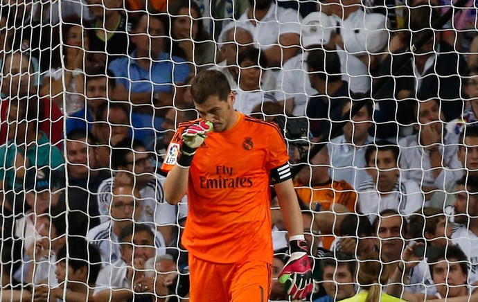 casillas real madrid x atletico madrid (Foto: Reuters)