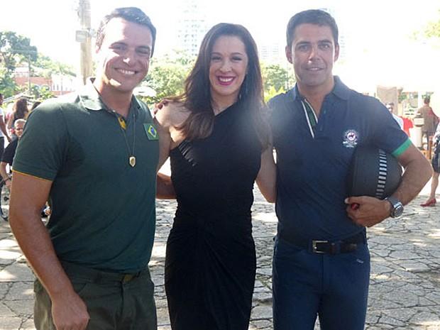 Rodrigo Lombardi, Claudia Raia e Doda Miranda (Foto: Salve Jorge/TV Globo)