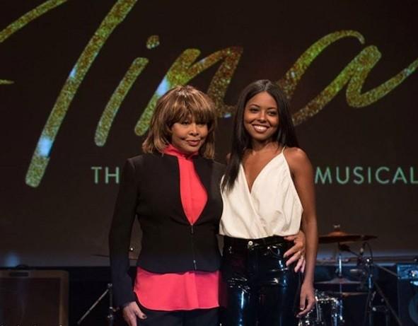 Tina Turner anuncia que Adrianne Warren, sucesso na Broadway, irá interpretá-la no musical sobre sua vida, em Londres (Foto: Reprodução)