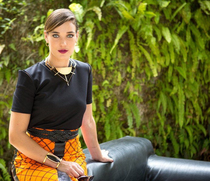 Adriana Birolli diz que Lorena Domingos tem sede de vingança (Foto: Fabiano Battaglin/Gshow)