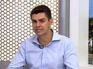 Diogo Balieiro, candidato a prefeito de Resende, participa de entrevista no RJTV (Foto: Reprodução/TV Rio Sul)