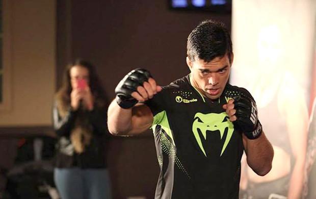 Treino aberto do UFC em Manchester UFC Fight Night 30 : Lyoto Machida (Foto: Reprodução / Facebook)