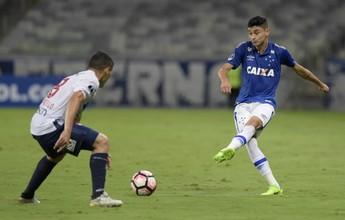 """Diogo Barbosa levanta torcida celeste com caneta e é o """"abusado"""" da rodada"""