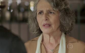 Vitória diz a Bernardo que ele tem direitos à herança de Guilhermo