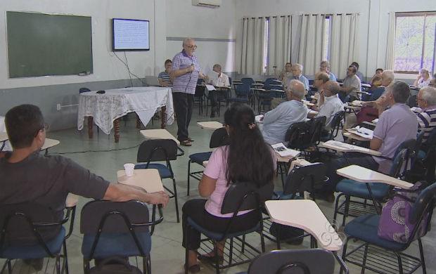 Reunião da Campanha da Fraternidade de 2014 (Foto: Reprodução/TV Amapá)
