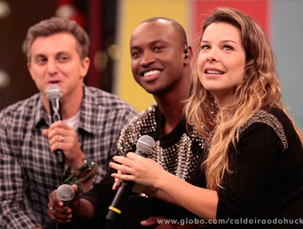 Fernanda e Thiaguinho estão noivos! (Foto: Caldeirão do Huck/ TV Globo)