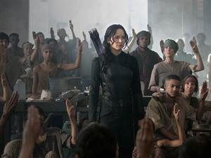 Jennifer Lawrence em 'Jogos vorazes: A esperança - Parte 1' (Foto: Divulgação)
