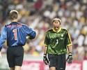 """Van der Sar: """"Derrota para o Brasil em 98 foi meu grande momento na Copa"""""""