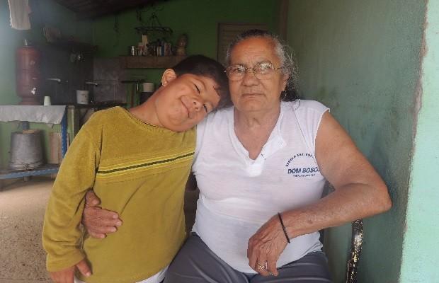 Uma Corrida Pela Vida Deus Tem A Solução E Todas As: Www.cabresto.blogspot.com : Menino Que Tinha 26 Dedos
