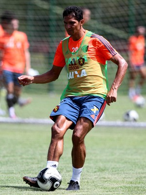 Durval Sport (Foto: Marlon Costa / Pernambuco Press)