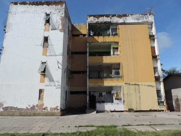 Edifício Maria Elisa fica em Casa Caiada, Olinda (Foto: Débora Soares / G1)