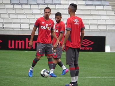 Nicolas Atlético-PR (Foto: Fernando Freire)