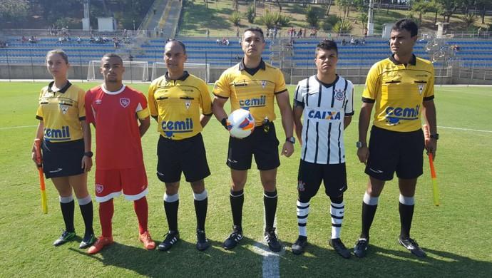Corinthians x Desportivo Brasil-SP, pela Taça BH 2016 (Foto: FMF/Divulgação)
