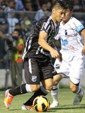 Luiz Henrique é dúvida para o jogo contra o Bahia (Foto: Divulgação / CearaSC.com)