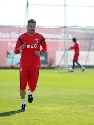 Julio Cesar no treino do Benfica (Foto: Reprodução / Twitter)