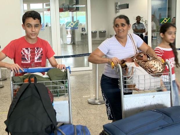 'Fiquei muito assustada', disse passageira que viajou de avião pela primeira vez (Foto: Reprodução/ TV Gazeta)