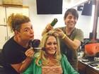 Susana Vieira se diverte nos bastidores do 'Superstar'
