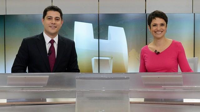 Evaristo Costa e Sandra Annenberg no Jornal Hoje (Foto: TV Globo)