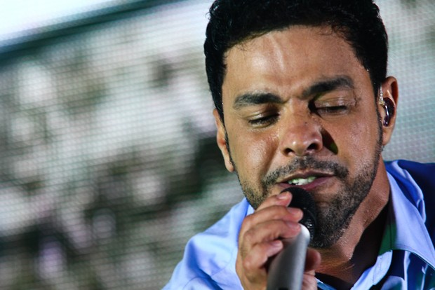 Zezé emociona a plateia com sua voz (Foto: Foto: Cláudio Augusto /Foto Rio News)