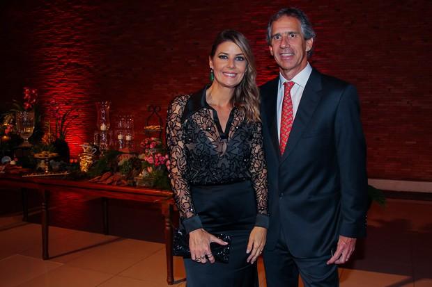 Fabiana Scaranzi e o marido (Foto: Manuela Scarpa/Brazil News)