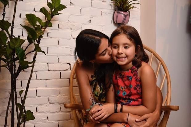 Bela Gil e Flor (Foto: Patrick Sister/Divulgação)