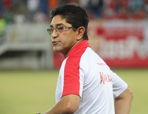Sérgio China técnico do América-RN (Foto: Fabiano de Oliveira)