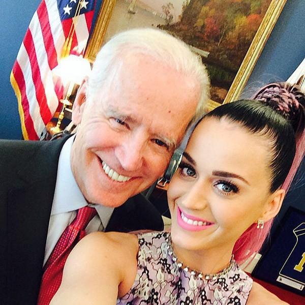 Katy Perry registrou sua visita à Casa Branca em 2014 ao lado do vice-presidente americano Joe Biden (Foto: Instagram)