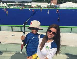 Esposa de Bruno Mendonça, Ana Paula levou o filho, Bruno Roberto, para ver o pai na final no Rio (Foto: Carol Fontes)