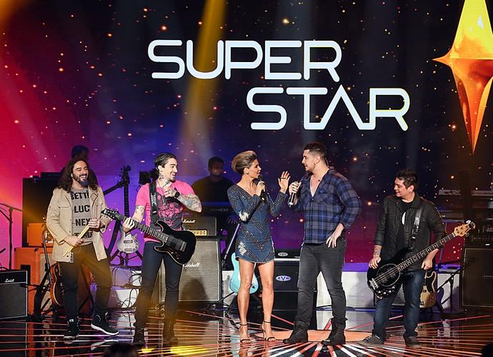 Malta, campeã da primeira temporada, canta no palco do SuperStar (Foto: Isabella Pinheiro/Gshow)