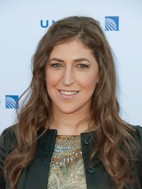 Mayim Bialik é doutora em Neurociência, como sua personagem em 'The Big Bang Theory' (Foto: Getty Images)