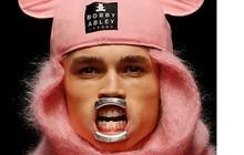 Veja as tendências mais bizarras das semanas de moda masculina