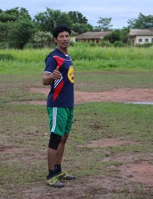 Roberval Marques atua no futebol boliviano e mora no Brasil (Foto: Júnior Freitas)