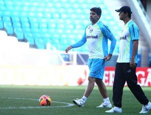 Renato tem dúvida em três setores contra o Corinthians (Foto: Lucas Uebel/Grêmio, DVG)