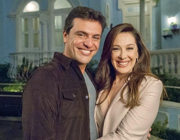Claudia Raia comenta novo momento de Lívia Marini ao lado de Rodrigo Lombardi  (Foto: Salve Jorge/TV Globo)
