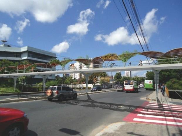Estruturas protegem contra a luz solar e permitem passeio mais agradável na cidade (Foto: Divulgação)
