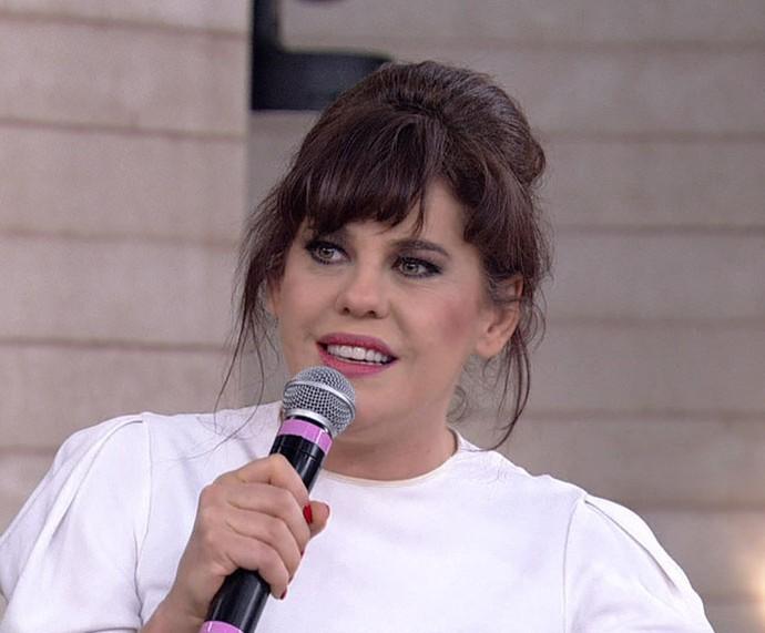 Bárbara Paz  conta que procurou ajuda espiritual após morte de Babenco (Foto: TV Globo)