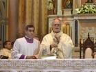Cardeal de SP empossa 1º arcebispo nomeado pelo Papa no Brasil