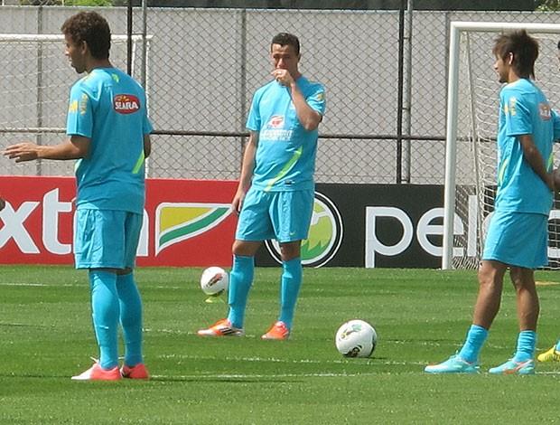 Leandro Damião no treino da Seleção (Foto: Rodrigo Faber / Globoesporte.com)