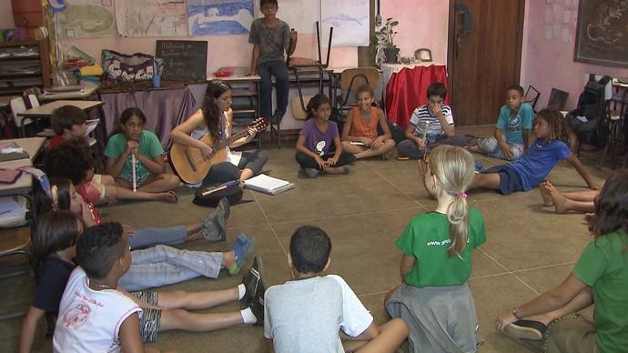 A Escola Dendê da Serra, no sul da Bahia, usa pedagogia inovadora (Foto: TV Bahia)