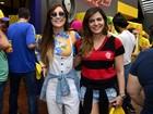 Famosos curtem juntos jogo de futebol do Brasil contra a Suécia