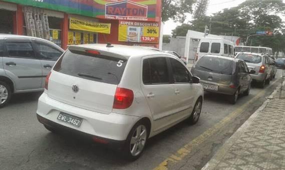 Flagra do Volkswagen Fox reestilizado (Foto: Nathalia Silva e Nylbert Oliveira)