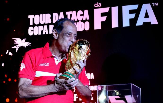 carlos alberto torres tour da taça copa do mundo (Foto: André Durão / Globoesporte.com)