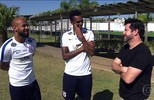 Murilo Benício conhece os jogadores noveleiros do Corinthians