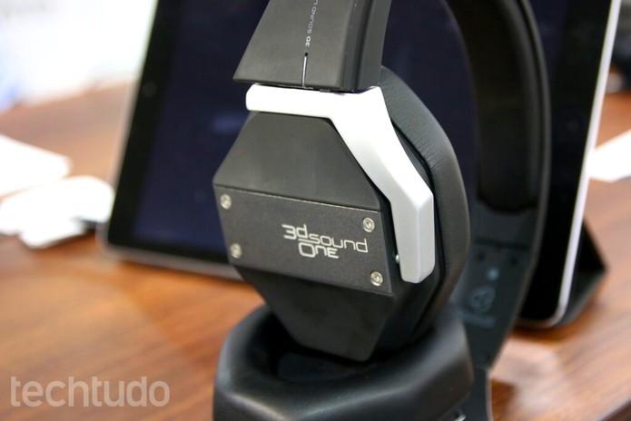 Headphone 3D (Foto: Fabrício Vitorino/TechTudo)
