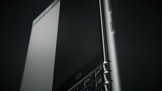 BlackBerry mostra novo celular com Android e teclado físico na CES 2017