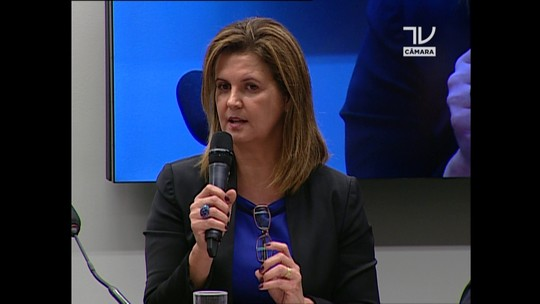 Venina diz não se arrepender de denúncias feitas contra Petrobras