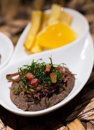 A feijoada servida em pequenas porções é um dos destaques do Rappanui (Foto: Monica Dantas)